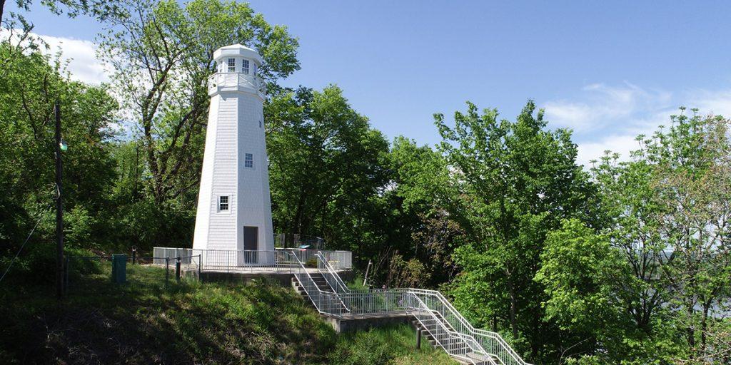 Mark Twain New Rebuilt Memorial Lighthouse